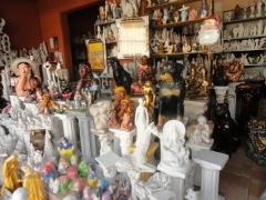 Estatuas e pecas para decoracao em artesanato de gesso. artcunha decoracoes e restauracoes. est. bandeirantes, 829, taquara, rio de janeiro, rj. tel: (21) 2445-1929      .