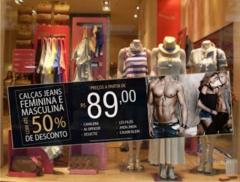 Vitrine em shopping