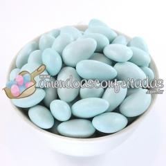 Amêndoas confeitadas azul bebê premium